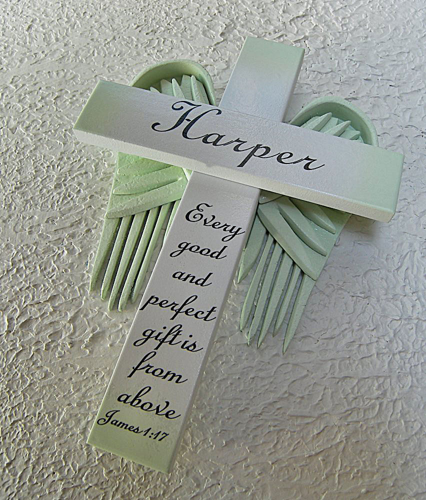 Personalized Angel of the Lord Cross in White – with Green Wings